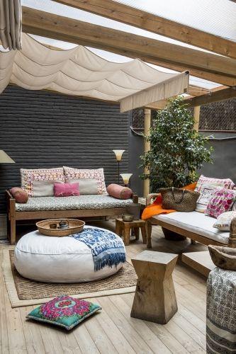3 ideas diferentes para armar un rincon en tu terraza antigua madera antigua madera - Decoracion chill out interiores ...