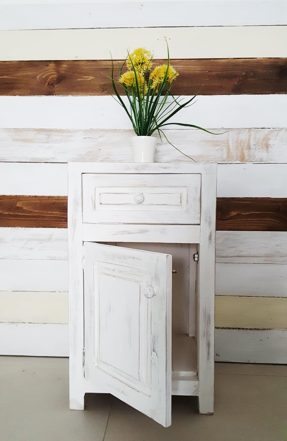 mesa de luz 1 cajón y puerta